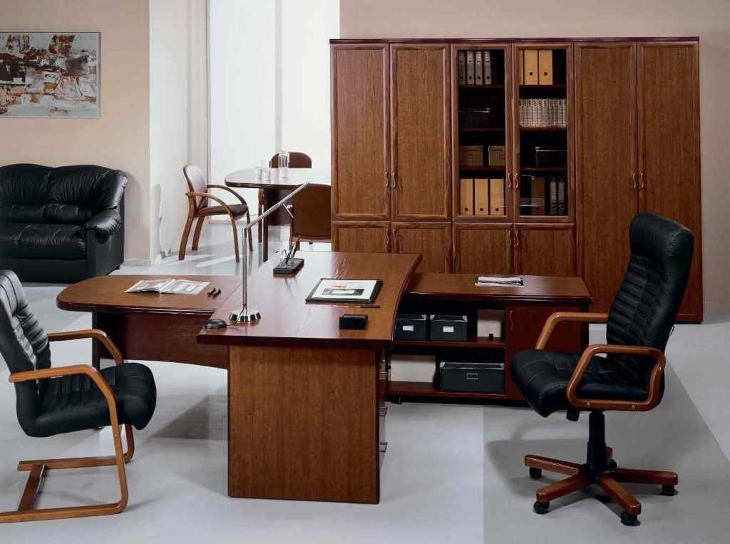купить кресло в кабинет руководителя