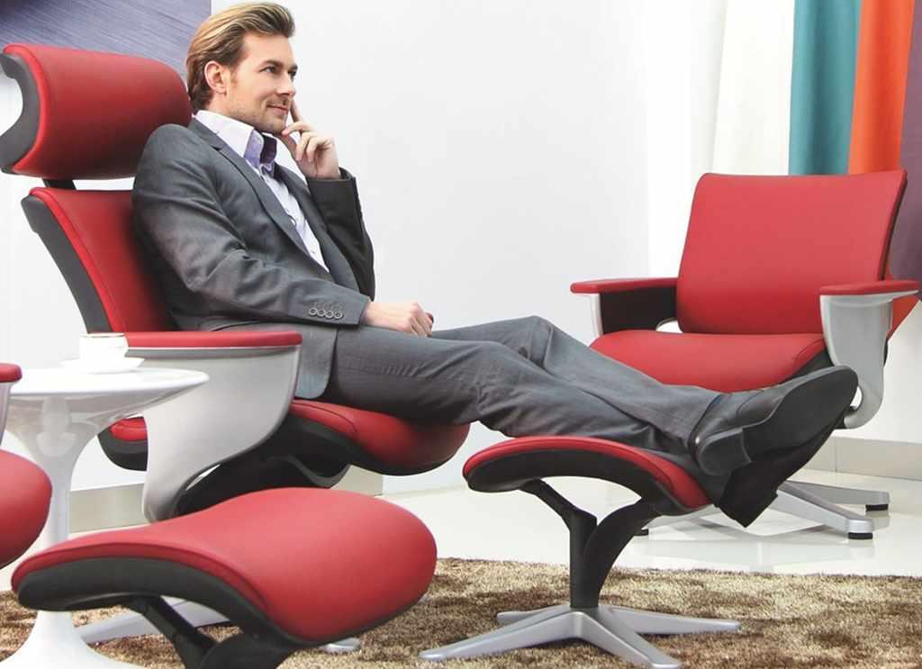 Кожаное кресло реклайнер NUVEM для переговорных